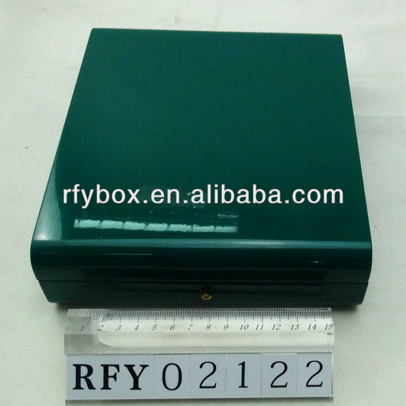 green lacquered wooden box pu lining