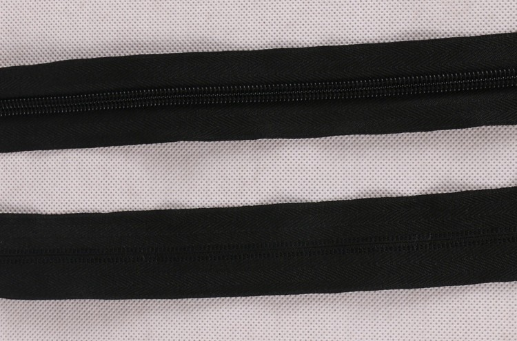 Wholesale All Size Eco-friendly open end Long Chain Nylon Zipper for apparel