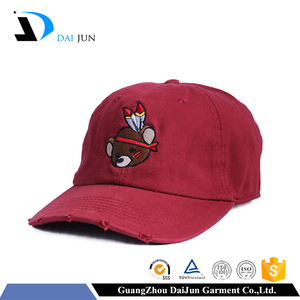 Guangzhou Daijun OEM Hot Sale Embroidered Logo 6 Panel Men And Women Baseball Red Washed Cotton Cap Manufacturer