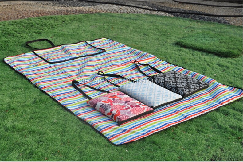 2014 new print four design cotton waterproof picnic blanket for Aldi