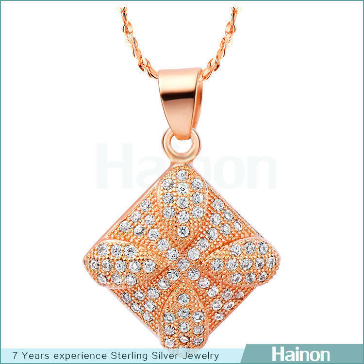 fashion 2015 new micro paved cz pendant square shape jewelry supplier