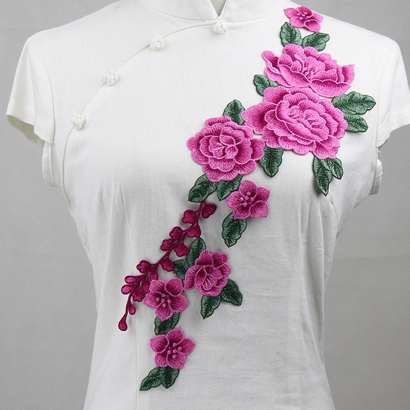 Hot sale flower embroidery patch for ladies dress size can customized