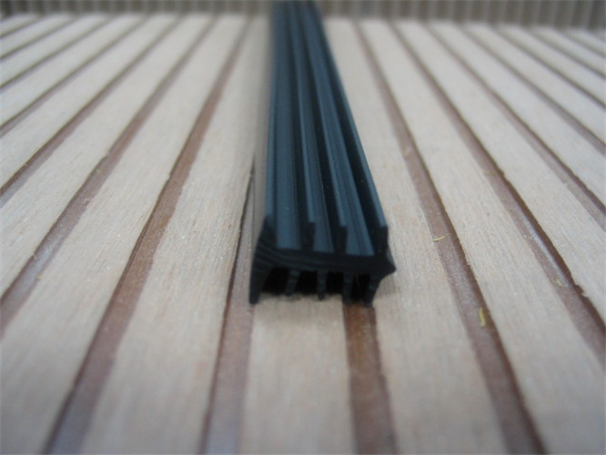 good quality and low price pvc window profile scrap