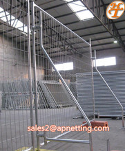 2.5mm wire diameter 50mm mesh aperture welded mesh 1.8m by 2.5m size 25mm O.D pipe galvanized finish temporary fence