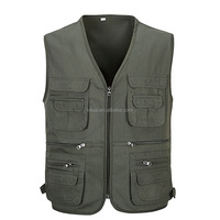Fashion Men Outdoor Vest with Many Pockets Sleeveless Jackets for Photographer Hunting Shooting Travel High Quality Male Vests