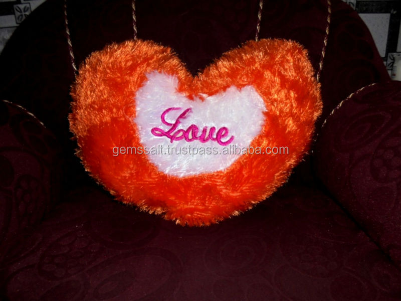 Wholesale price Pillow Cushion Cover Heart, Square,Teddy Bear, Triangle Fancy Filled Pillow Cushion and Pillow cover