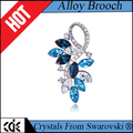 CDE Guangzhou China crystals from Swarovski OEM jewelry manufacturer custom 2017 fashion latest design flower brooch