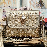 Wholesale products small shoulder bag ladies studded bag fashion skull bag SY6235