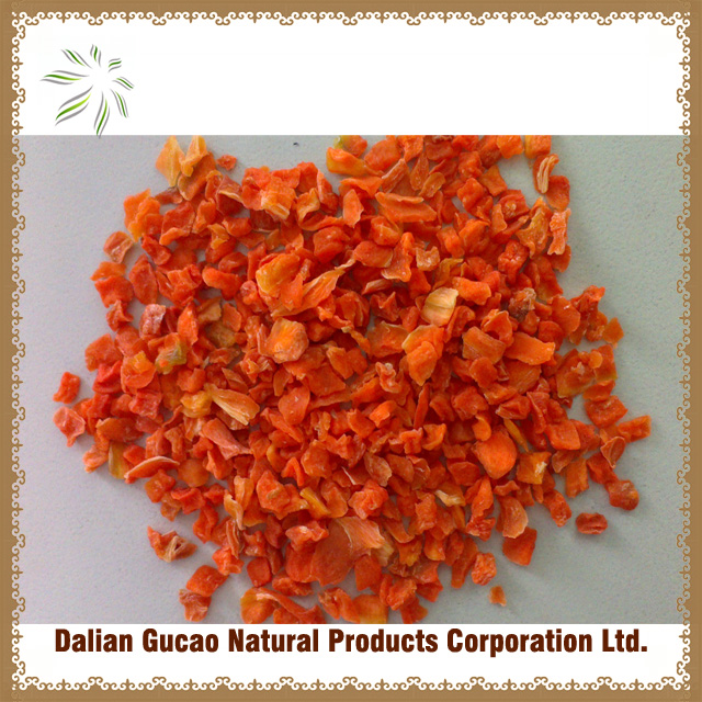 China dry fresh Carrot Cubes ( grade A)