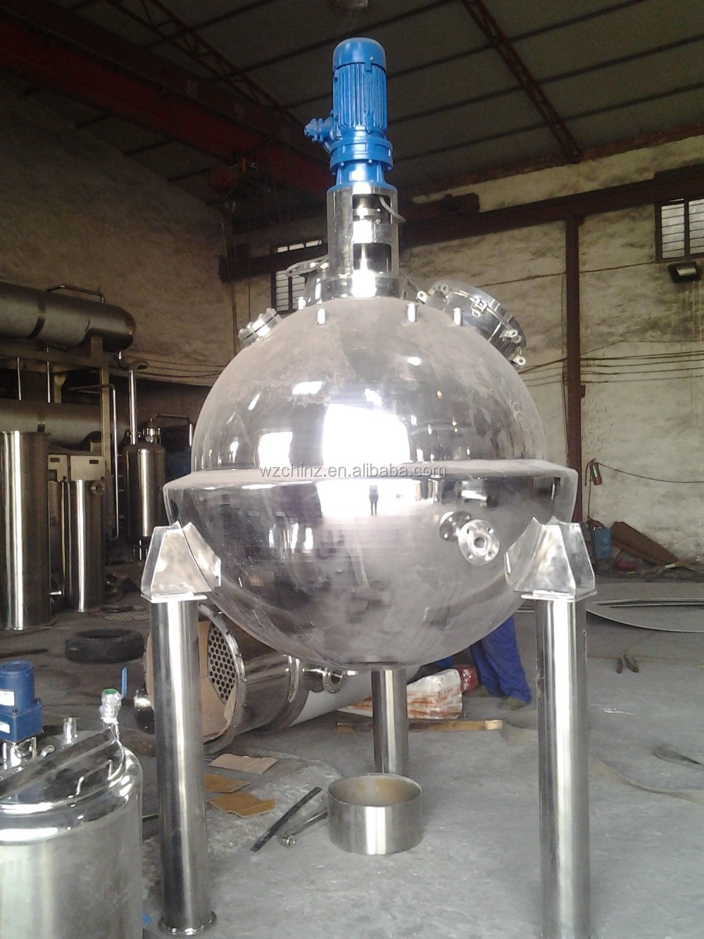 QN Ball type vacuum concentration Tank