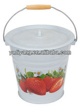 White Enaml Water Bucket 30cm Cast Iron Water Buckets With Strawberry Decal