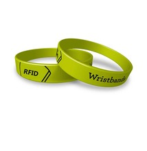China OEM Colorful Passive Rfid Nfc Wrist band Waterproof 13.56mhz Silicone Rubber Wristband for Access Control