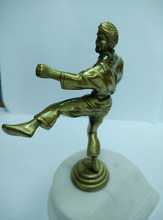 Sports Theme Metal Crafts Bronze Statue for Decoration