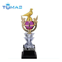 Cheap gold plated awards plastic trophy