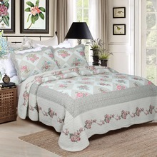 Home Goods Indian Cotton Printed Embroidery Design Lightweight Quilted Bedspreads