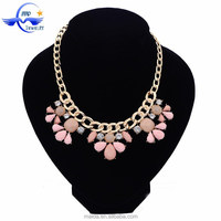 Alibaba Website Fully Stock Pink Flower Shaped Necklace Jewelry For Female