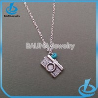 New arrival vintage long chain antique silver small turquoise camera shape pendant necklace
