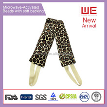 Microwave activated heated neck wrap hot gel pack