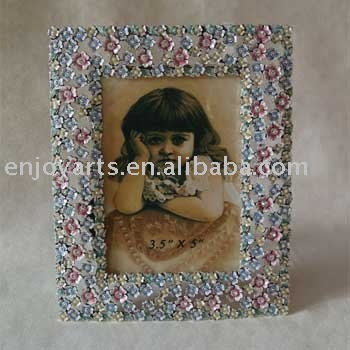 Victorian floral photo frame