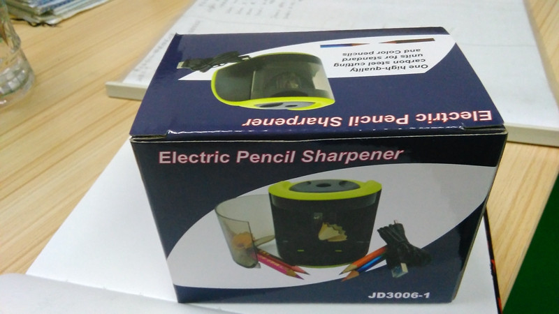 Electric Pencil Sharpener Model 2018 Made In China!!! 112x78x83mm