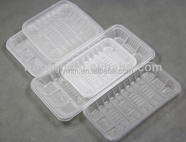 Disposable clear plastic tray for packing