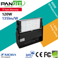 IP67 Versastile 150W LED Flood Light