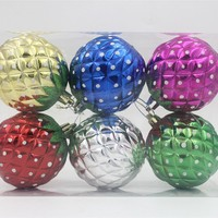 2015 pretty and clear Plastic high quality various design strawberry christmas ball