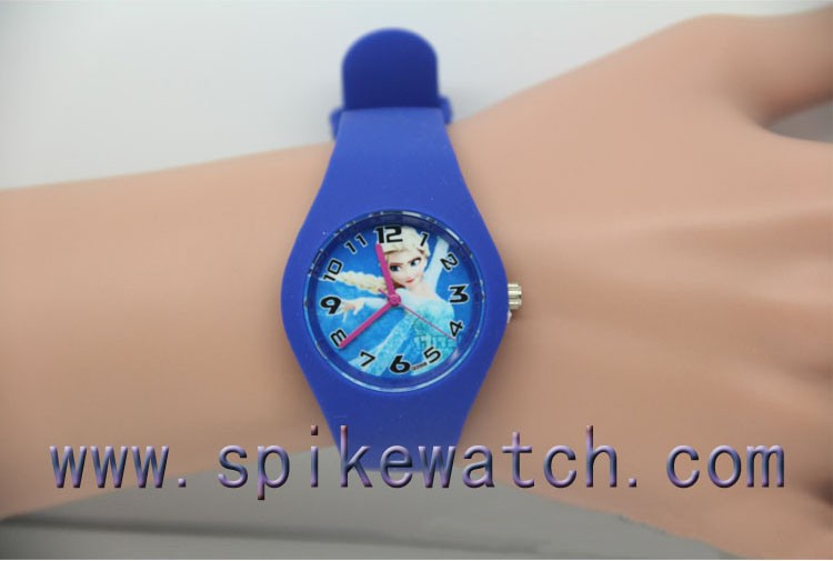 Latest design fashionable Frozen silicone watch names for school promotion