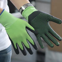 NMSAFETY EN 388 13g green nylon liner coated nitrile glove /nitrile dots on coating improve grip performance