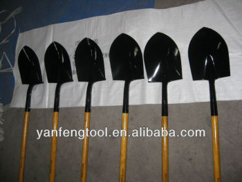 shovel with wooden handle S518L