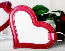 Heart Design PU leather luggage tag OEM design all kinds of PU products travelling luggage tag