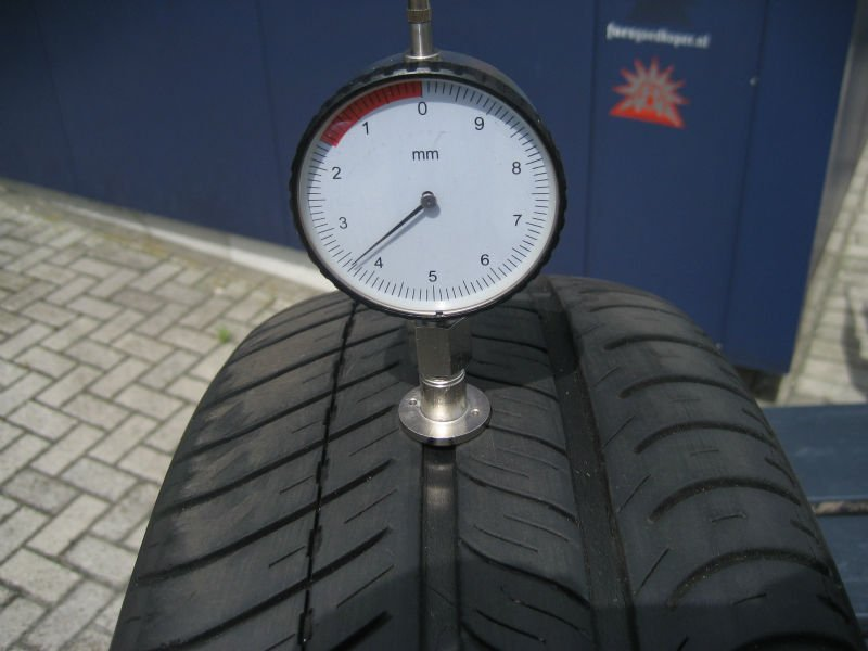 Used car tires 3-4 mm