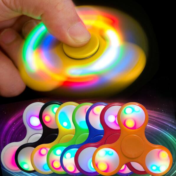 2017 Most pupolar toy ABS tri-fidget hand spinner toy with led light colorful spinner toy
