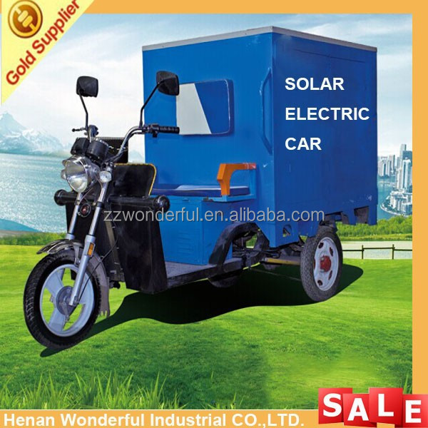 Classical lower fuel and conveniently electric tricycle for loading cargo with solar panel