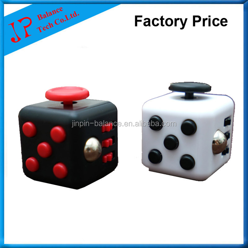 2017 Hot sale Original Factory Desk Toy Magic Fidget Cube with box in Stock ice cube making machine