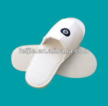 2013 hot selling hotel disposable EVA embroidery waffle slipper