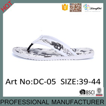 DC-05 New Style Comfortable Beach Flip Flops Summer Slippers