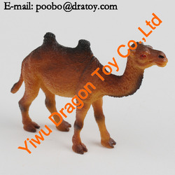 Resin camel figurine for decorations