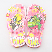 2017 Hot Selling Children Cartoon LED Colorful Cute Shoes Flashing EVA Slippers