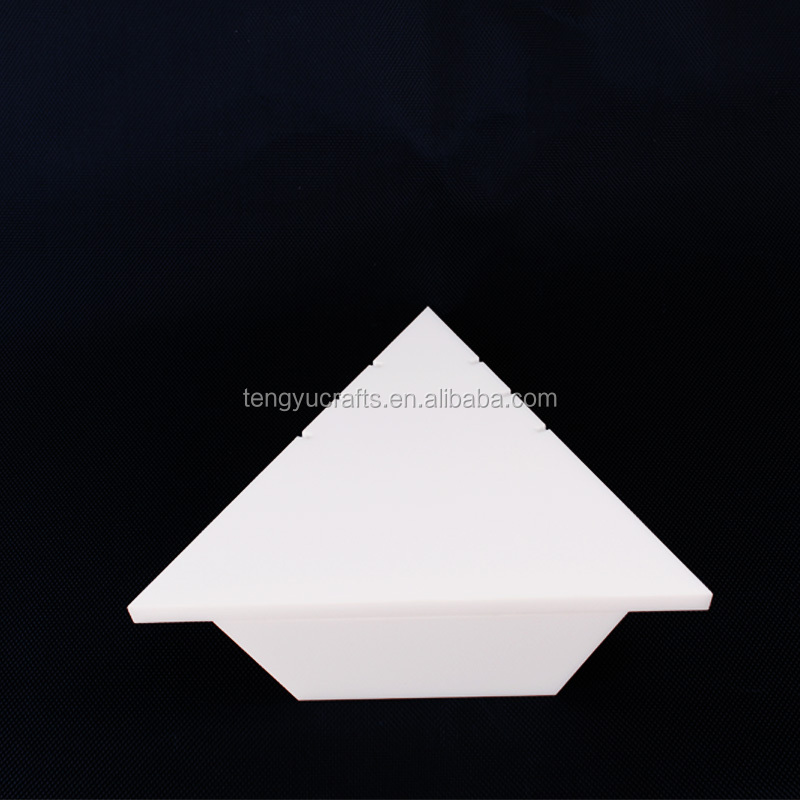 plexiglass lucite triangle multi 3 necklace pendant chain counter white stand display holder rack acrylic jewelry storage hanger
