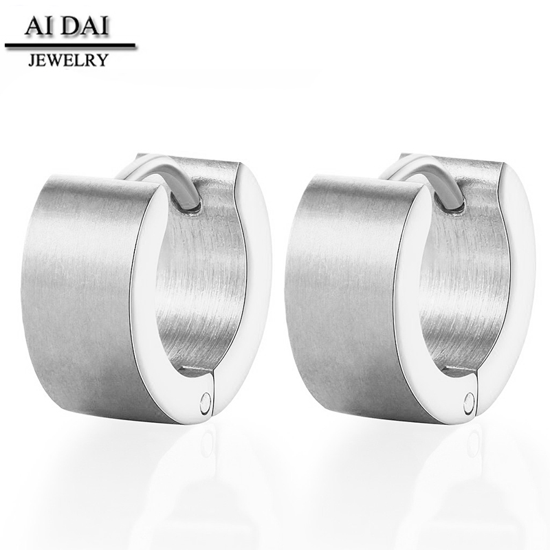 <strong>Fashion</strong> daily wear Stainless steel jewelry earrings chap wholesale