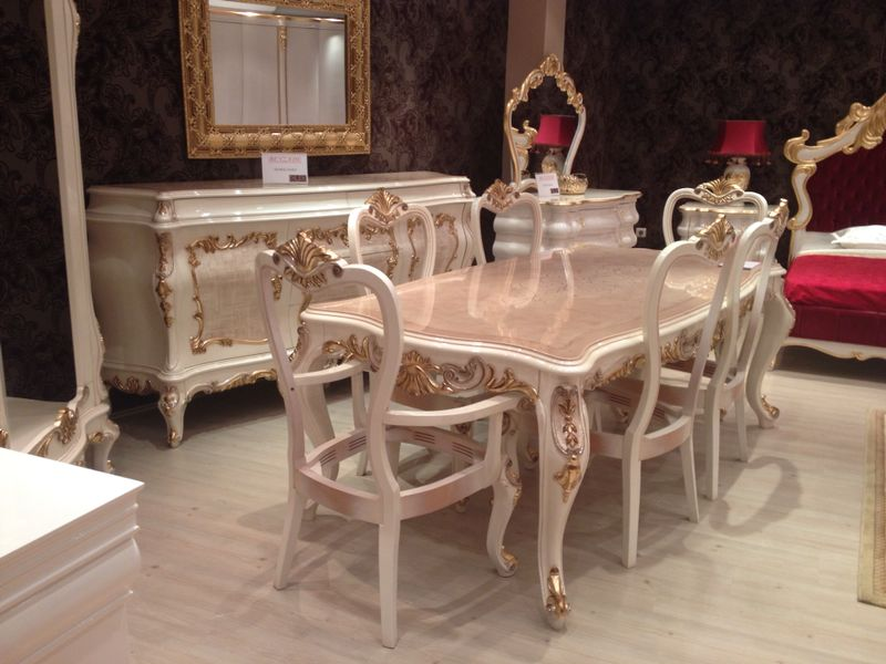 Classic Hand-Carved furniture Dining Room Set