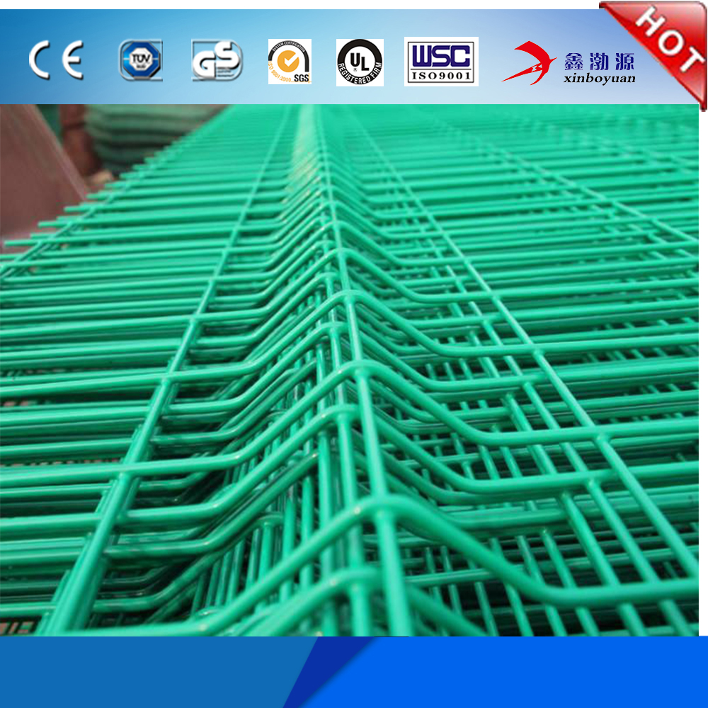 goog quality cheap price decorative garden fence panels type/Green Coated Triangle Welded Wire Mesh Fencing Type Supplier (hot)