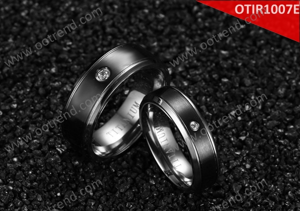 Cheap wholesale 18K white gold designer carbon black couple ring with diamond