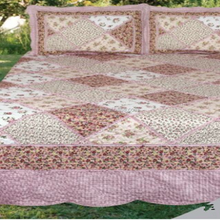 Handmade/Machine made patchwork padded quilts