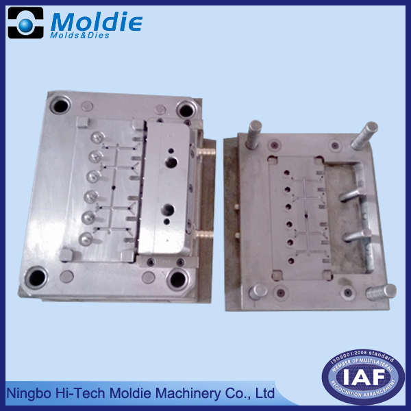 multi-cavity plastic cover mold