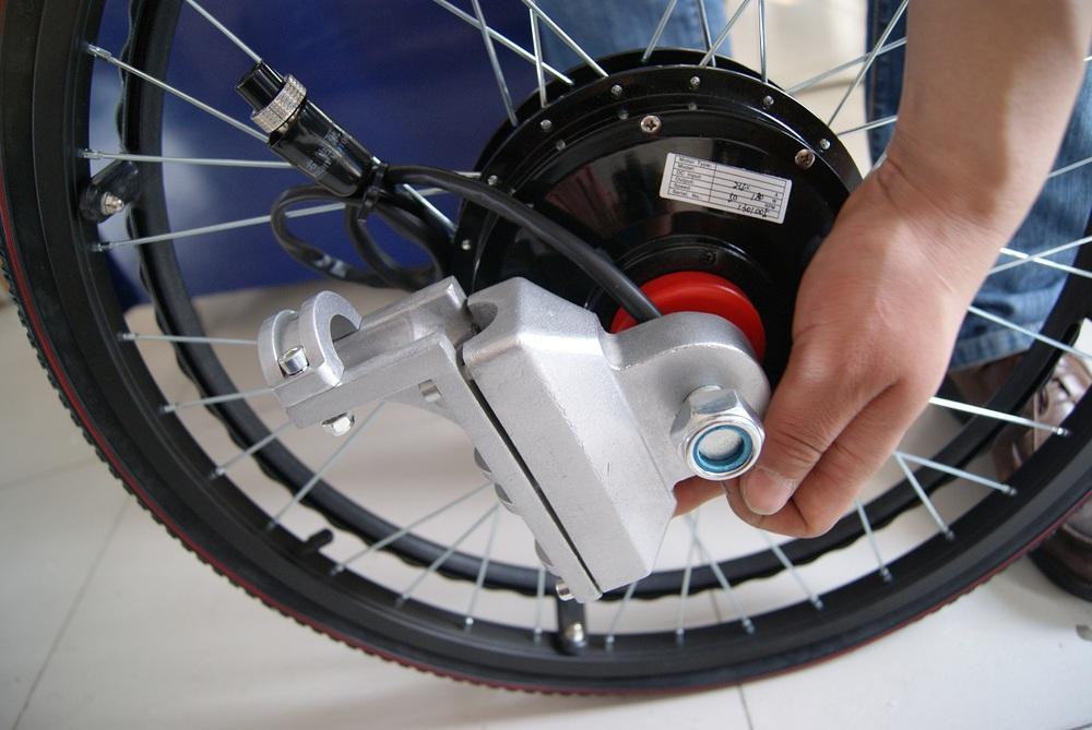 24 24v 180w Brushless Hub Motor Electric Wheelchair Kit