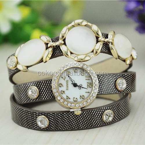 2015 New Design Women Pendant Watches Analog Fake Pearl Bracelet Watch Fashion Charms Wrist Watch
