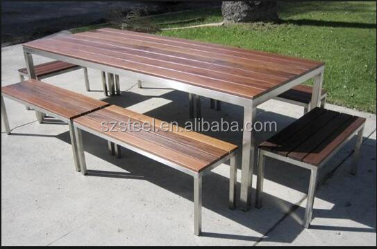 nice park stainless steel table and chair for resting