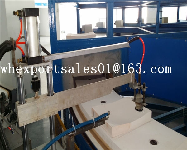 Laminated glass hot bending furnace